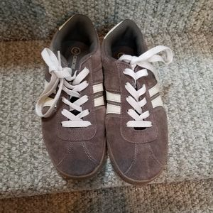 Cherokee boys brown casual shoes, size 2